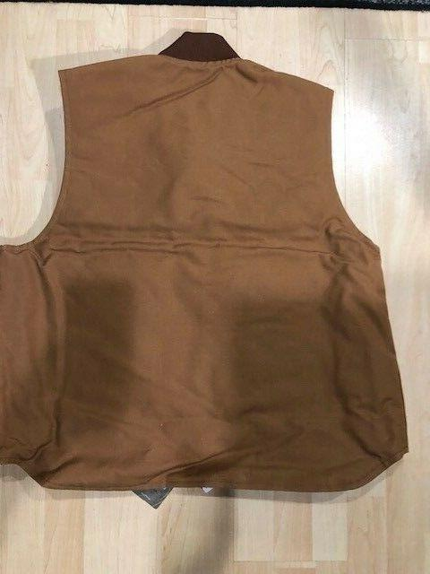Carhartt Brown size XL BRAND NEW lining
